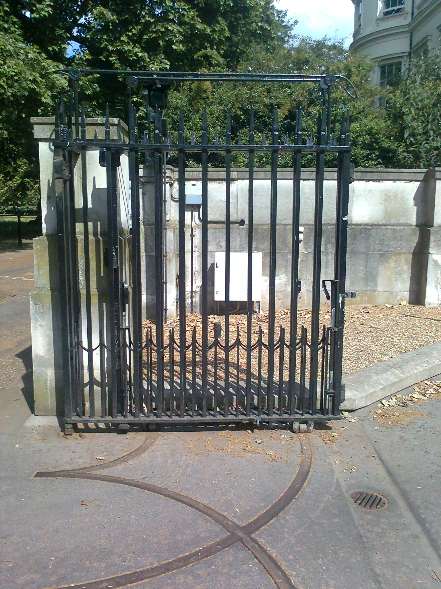 Metal wrought iron gate restoration and repair