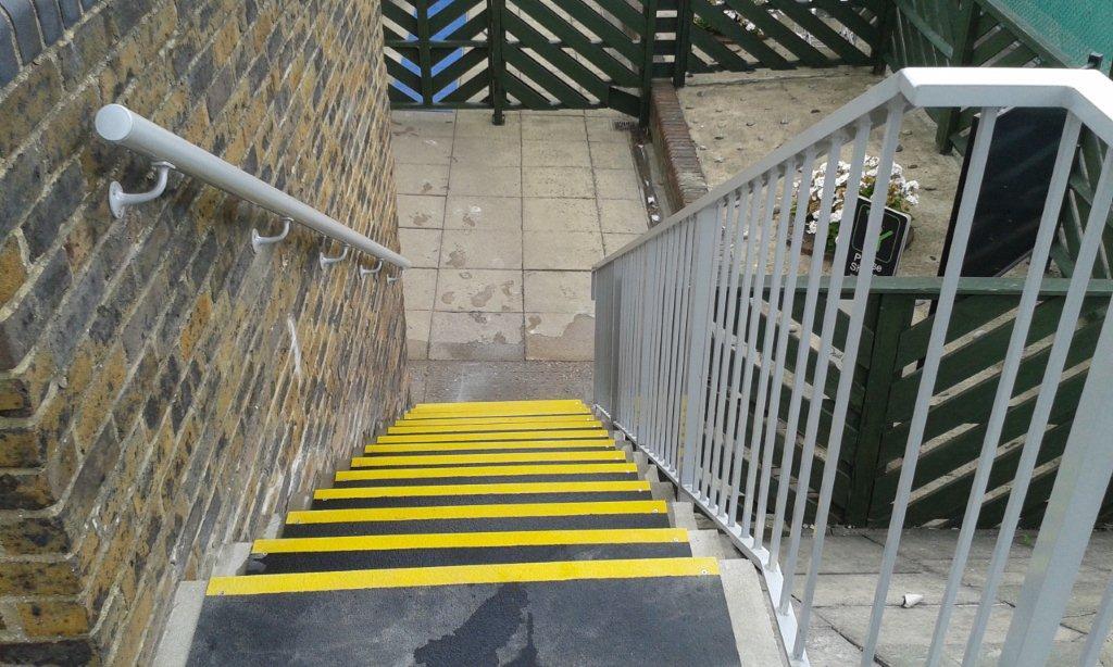 Aluminium Handrails David Lloyd Club Finchley 07