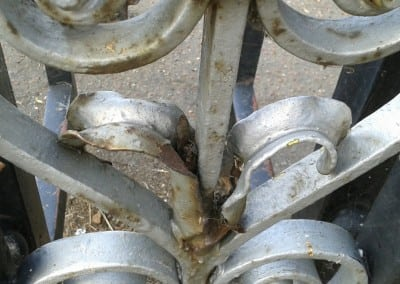 cast-iron-gate-restoration-victory-sports-ground-southend-02