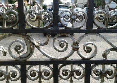 cast-iron-gate-restoration-victory-sports-ground-southend-04
