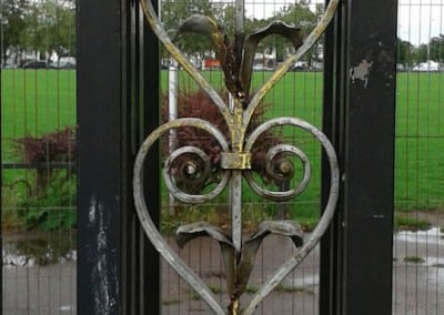 cast-iron-gate-restoration-victory-sports-ground-southend-08