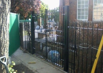 school-railings-and-gates-02