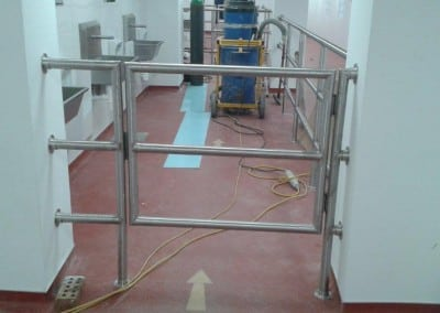 stainless-steel-handrails-and-gates-allied-bakeries-stevenage-hertfordshire-02