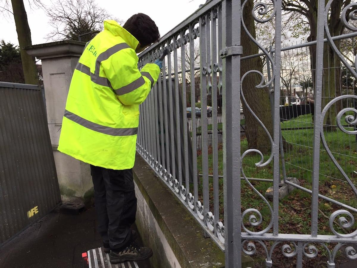 wrought-iron-gate-restoration-chalkwell-park-gates-southend-on-sea-02