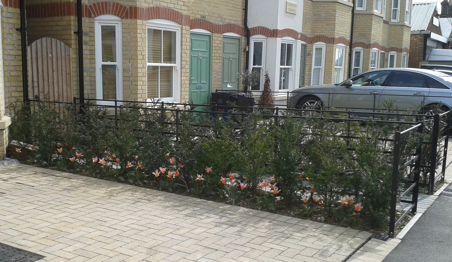 Custom-made Estate Fencing, Carnarvon Villas, South Woodford, London E18