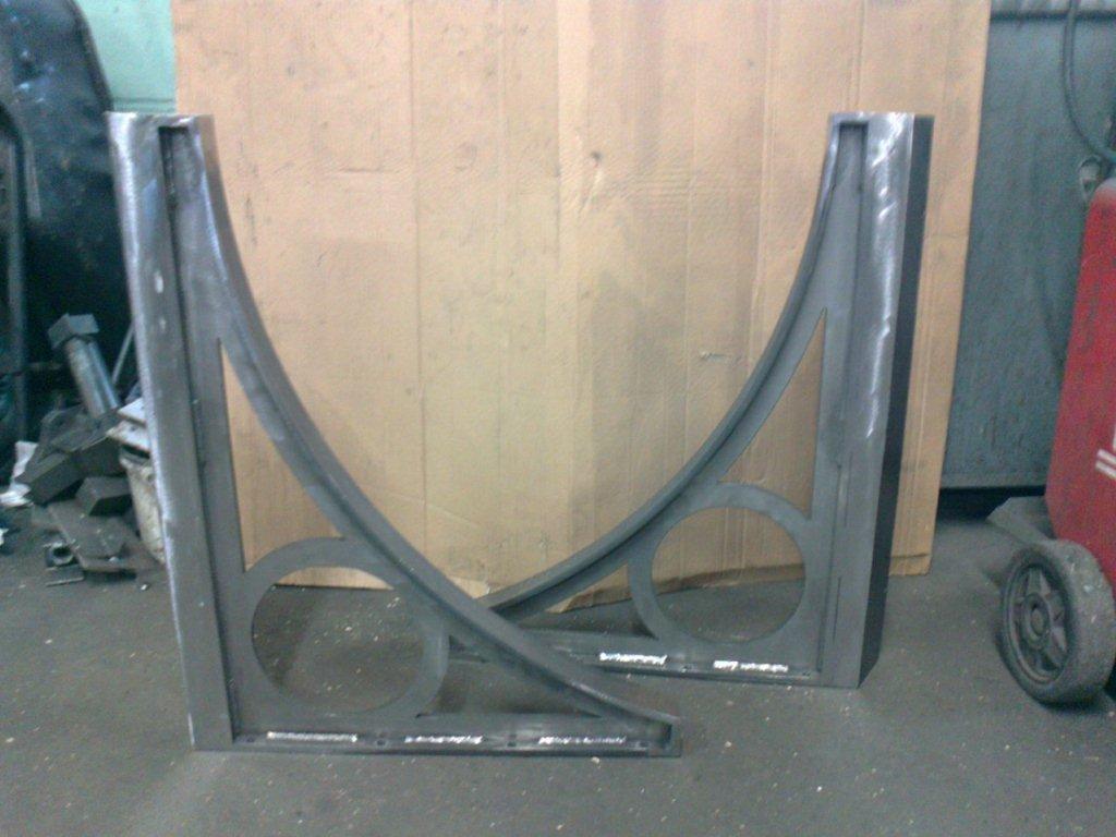 Rotunda canopy brackets 2 & Metal Entrance Canopy Hampstead London NW3 | Metal Fabrication London