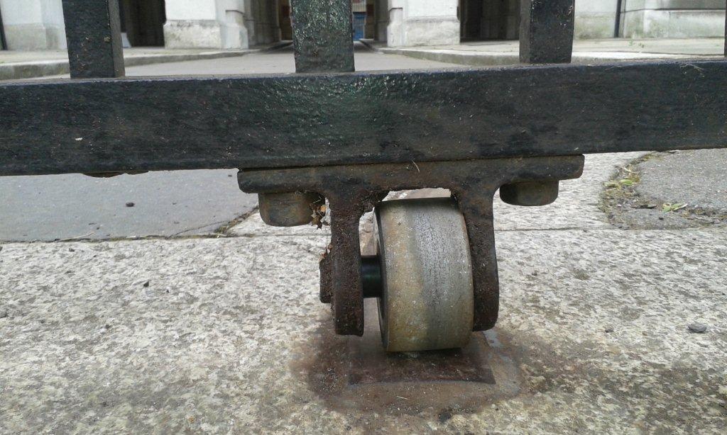 Metal Gate Repair For V Amp A Museum Kensington London Sw7