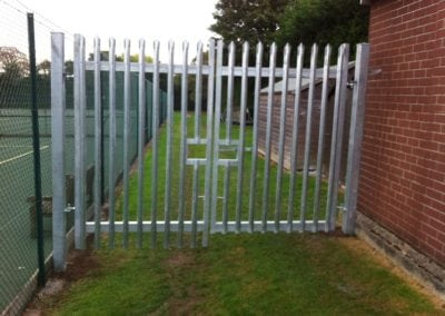 new-metal-gate-for-bancrofts-school-1