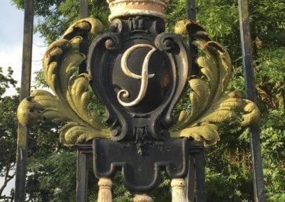 park-gate-repairs-arnos-park-london-12