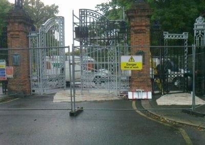 park-gate-repairs-arnos-park-london-14
