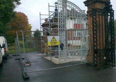 park-gate-repairs-arnos-park-london-16