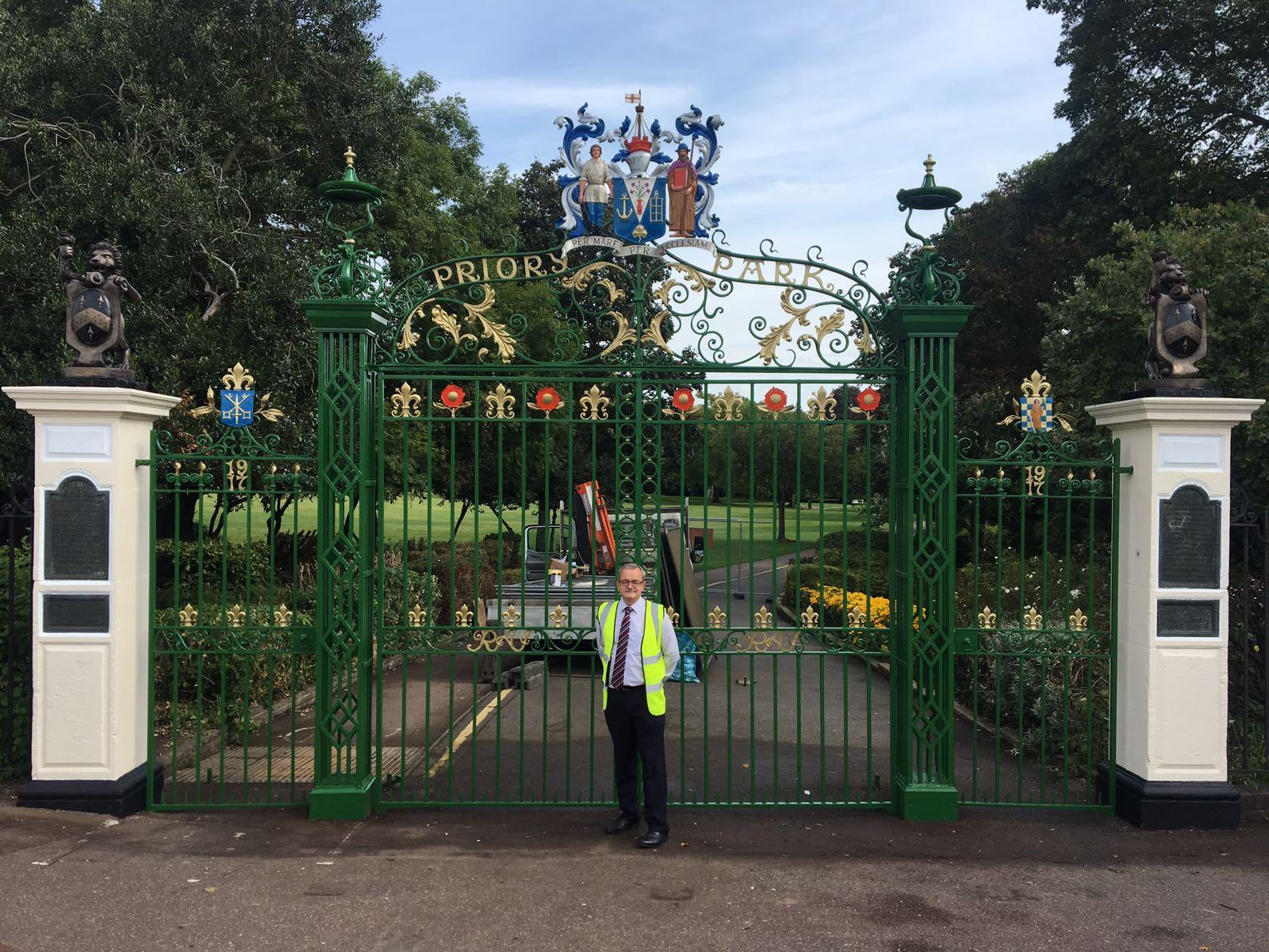 Refurbishment Of Priory Park Gates Southend On Sea Essex