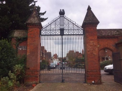 Refurbishment of Grade II Listed Gates at Bishops Close, Berkshire