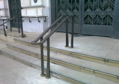 Bespoke Heritage Entrance Handrails, Unilever House 6