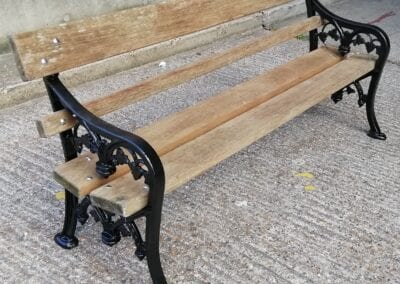Restoration of Victorian Park Benches, London E14