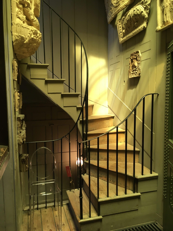 New Staircase Handrail, Islington, London N1 9