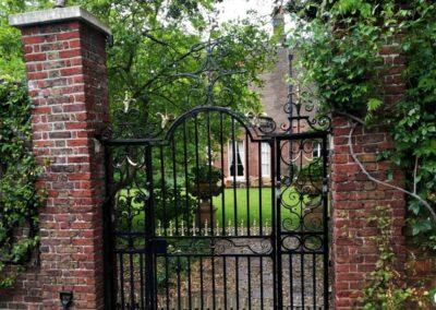 Gate Refurbishment, Ham, TW10 2