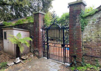 Gate Refurbishment, Ham, TW10 4